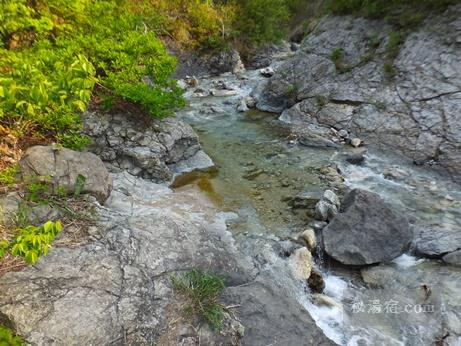 川原毛大湯滝 2016-18