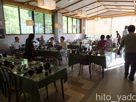中の湯温泉旅館の朝食2
