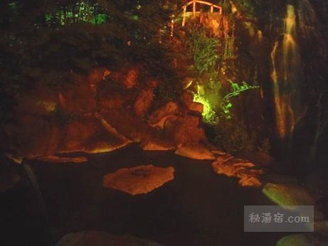 八丁湯の温泉53