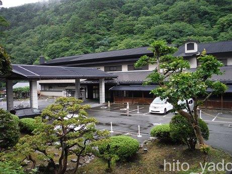 大沢温泉 山水閣1