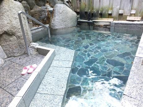 温泉地温泉 滝の湯18