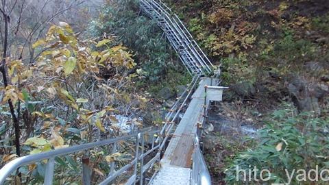 燕温泉 河原の湯16