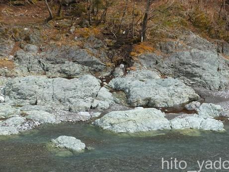 西山温泉 湯島の湯15