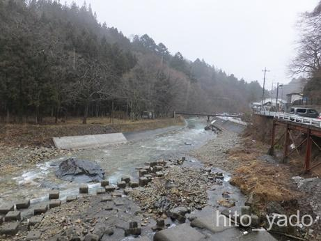 四万温泉 河原の湯12