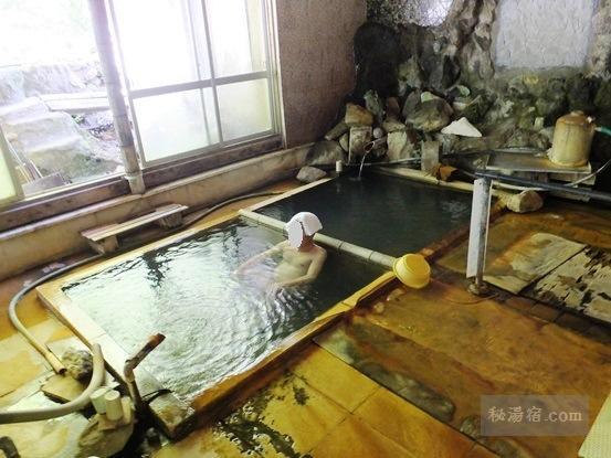 横向温泉 中の湯旅館12