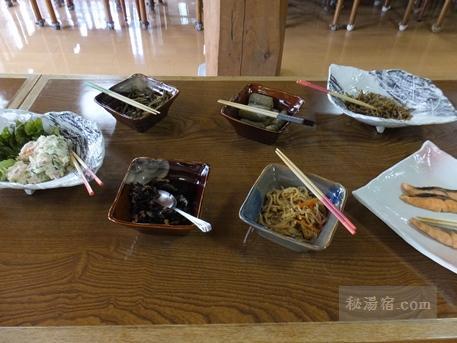 大雪高原山荘-朝食3