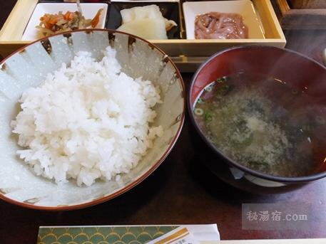 湧駒荘-朝食2