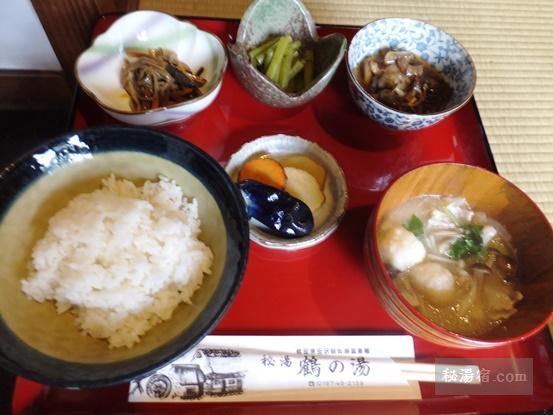 鶴の湯別館山の宿-昼食17