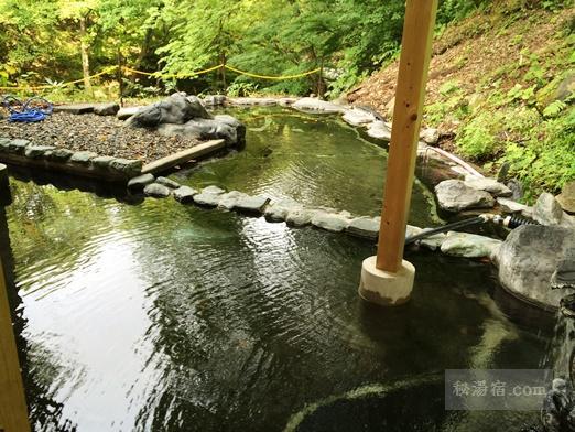 湯の小屋温泉 龍洞122