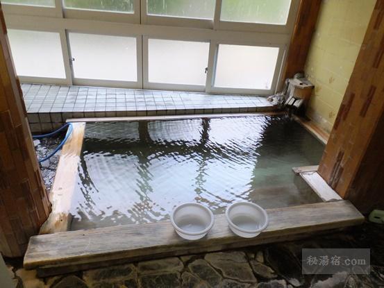 湯の小屋温泉 龍洞72