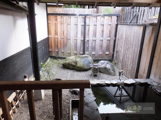 湯の小屋温泉 龍洞47