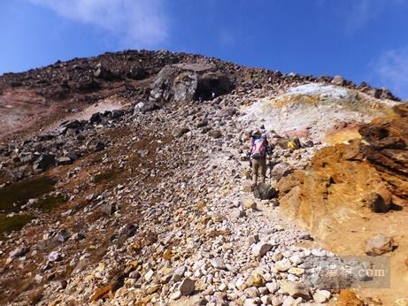 茶臼岳から三斗小屋5