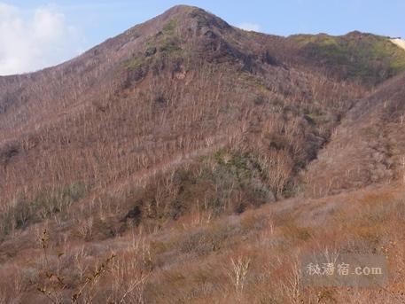 茶臼岳から三斗小屋26