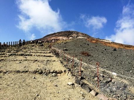 茶臼岳から三斗小屋35