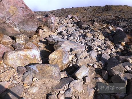 茶臼岳から三斗小屋14