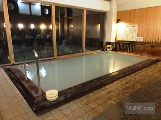 万座ホテル聚楽-温泉9