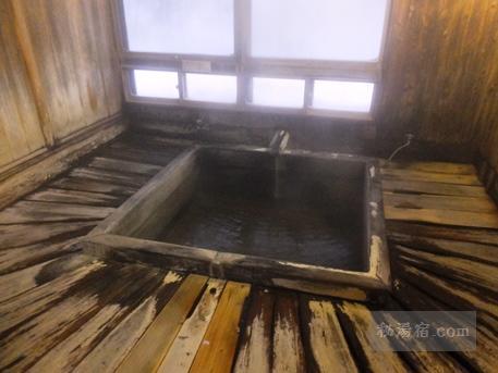 五色の湯旅館-温泉12