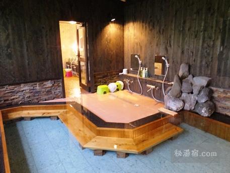 沓掛温泉 満山荘 温泉12