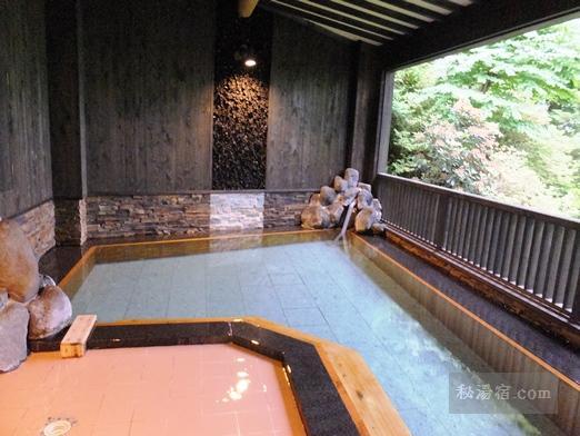 沓掛温泉 満山荘 温泉3