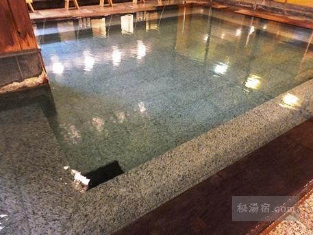 草津ホテル 風呂19