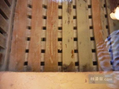 蔵王温泉 川原湯共同浴場3