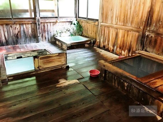 渋御殿湯 本館男性用の浴室