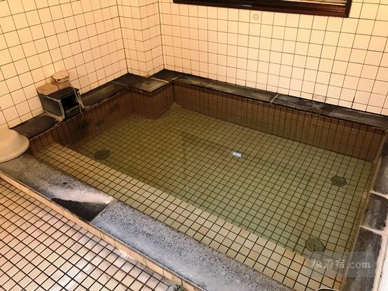 八ヶ岳山荘 日帰り入浴  [非温泉]  ★★