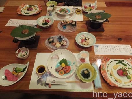 谷旅館の夕食2