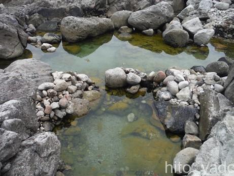 式根島 足付温泉11