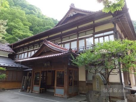 向瀧-部屋3