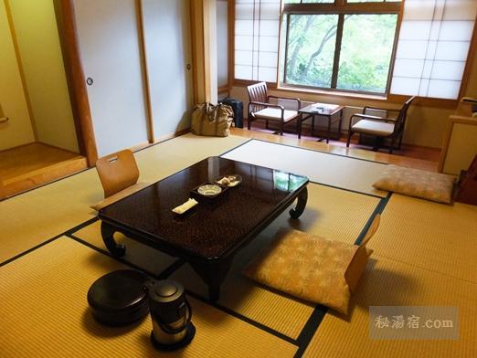 草津ホテル 部屋47