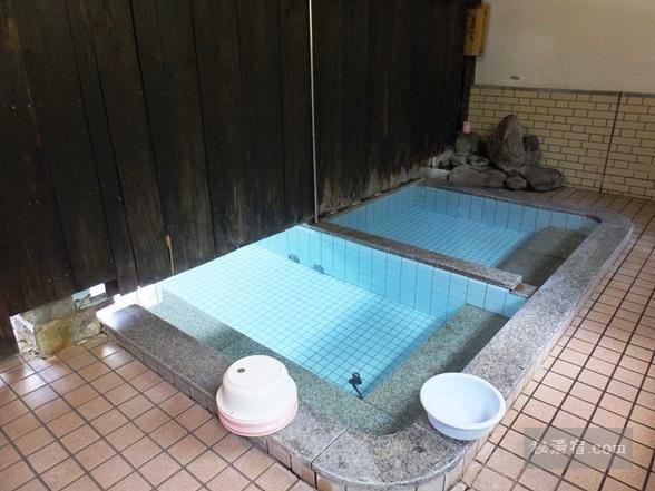 寺尾野温泉 共同浴場 薬師湯 ★★★